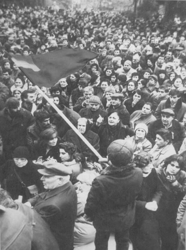Как подавляли сталинистское восстание в Грузии в 1956-м