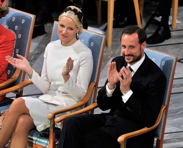 Фоторепортаж c церемонии награждения лауреатов Нобелевской премии в Осло