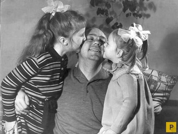 Редкие фотографии отечественных знаменитостей в кругу семьи