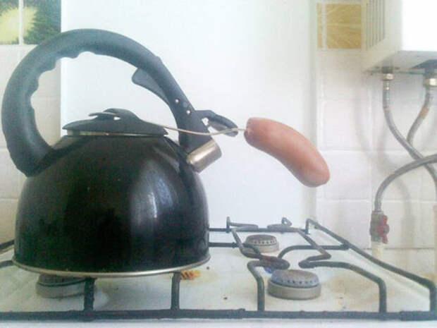 Когда на работе есть газ, но нет сковородки или кастрюли обед, прикол, работа, хитрости