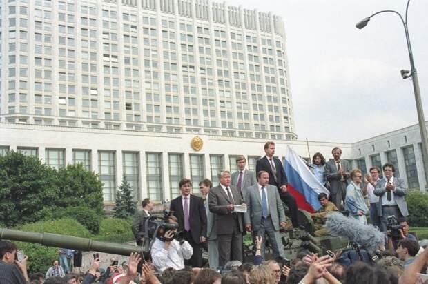 СССР уничтожили по рецепту Керенского