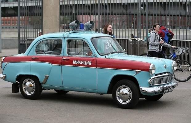 Второй вариант фирменной шинели – уже с основным бирюзовым вместо темно-синего СССР, авто, автоистория, гибдд, ливрея, полицейский автомобилиь, полиция