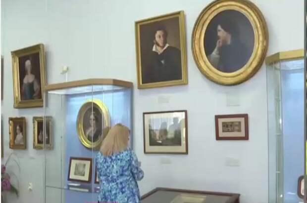 В Воронцовском дворце выставили картины, которым по 200 лет