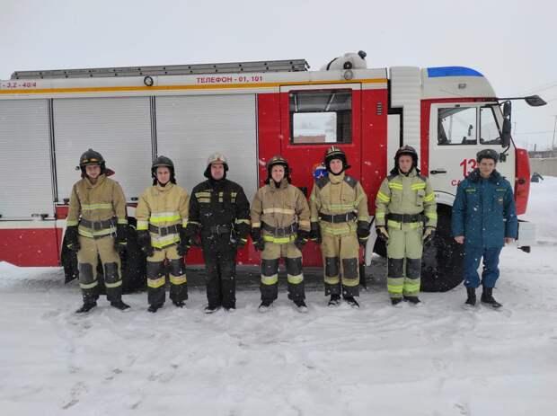 Дело храбрых: пожарные спасли из огня пятерых человек в Сарапуле