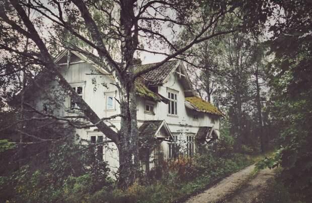 zabroshennye-udalennye-doma-za-severnym-polyarnym-krugom-fotograf-Britt-Mari-Bay_2