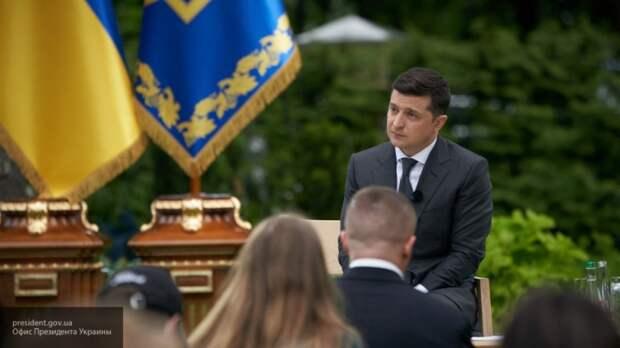 Украинский президент пытается ограничить права протестного электората