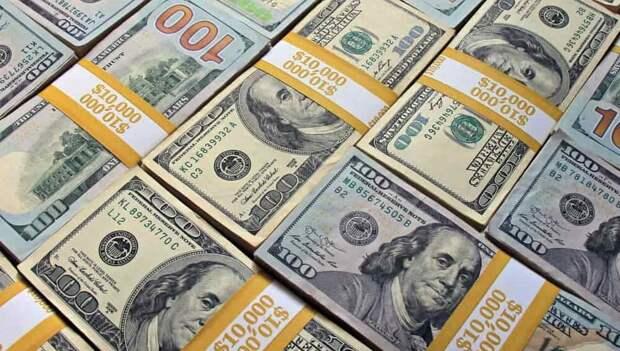 В январе частные компании вывели из России $10,4 млрд