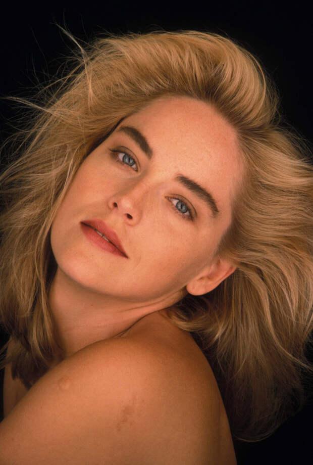 Шэрон Стоун (Sharon Stone) в фотосессии Яна Майлза (Ian Miles) (1990), фото 4