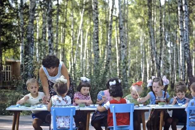 Детская дача Московского автозавода им. Лихачева, 1984: СССР в фото, подборка