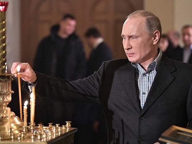 Путин поздравил верующих россиян с Рождеством Христовым