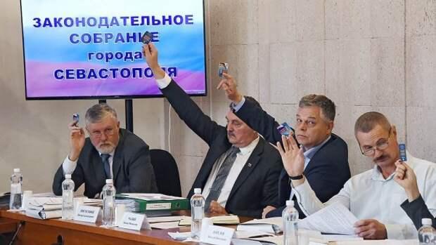 Севастопольские депутаты не могут ради детей внести изменения в закон
