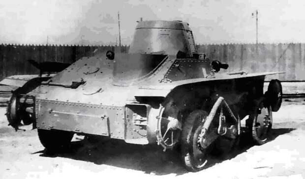 На фото - он же, но сзади. Видно водоходное устройство Исто́рия, военное, плавающие танки, советские танки, танки, танки РККА