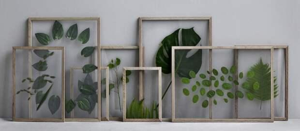 панно из цветов и листов растений,