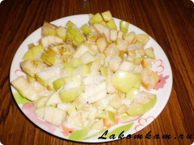 Тыквенные булочки с яблоками