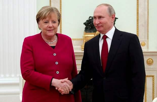 Модный выбор Ангелы Меркель – отсутствие стиля или продуманный шаг