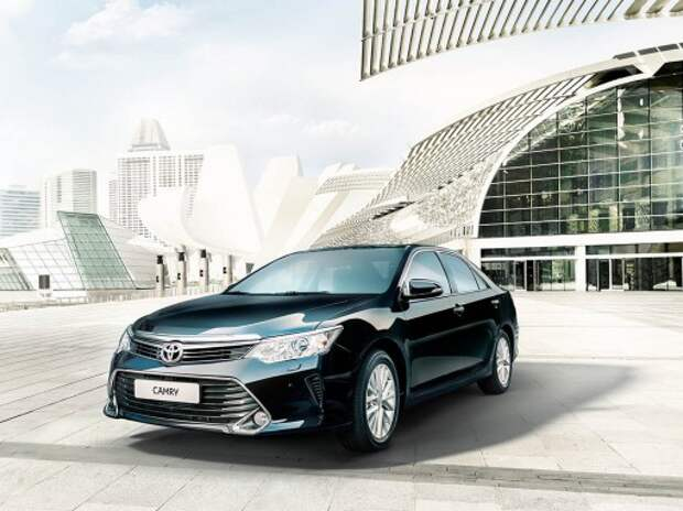 Toyota улучшила план по выпуску Camry в Петербурге из-за роста заказов