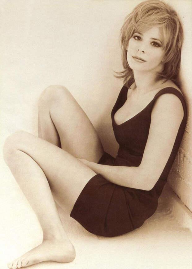 Милен Фармер (Mylene Farmer) в фотосессии Херба Ритца (Herb Ritts) для сингла L'Instant X (1995), фото 2