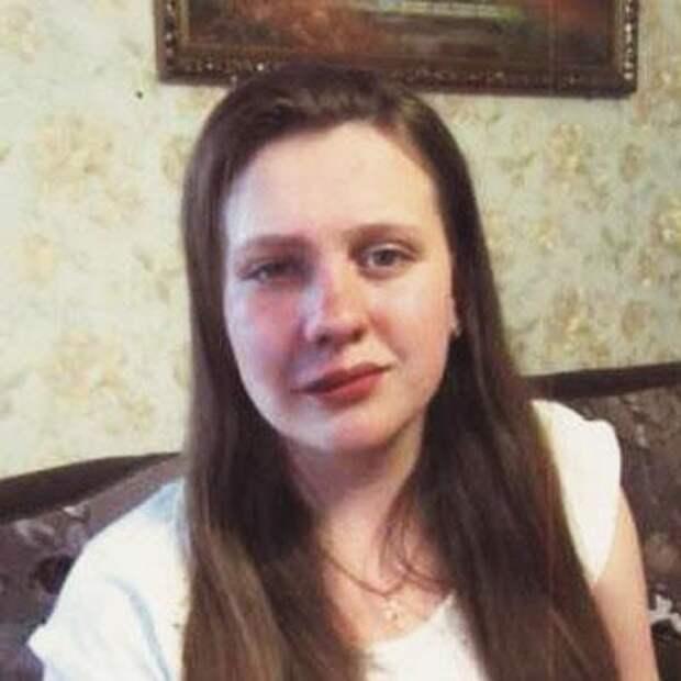 Настя Быконя, 14 лет, мальформация кровеносных сосудов правой половины лица, слизистой оболочки альвеолярного отростка, глубокая резцовая окклюзия, требуется ортодонтическое лечение, 265440₽