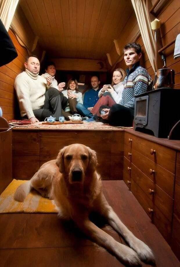 фургон в дом на колесах, дом на колесах из фургона, крошечный дом на колесах, маленький дом на колесах, дом на колесах своими руками