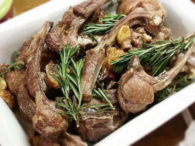 Баранина запеченная в духовке – в рукаве, в фольге. Как вкусно приготовить баранину в духовке, чтобы не испортить мясо