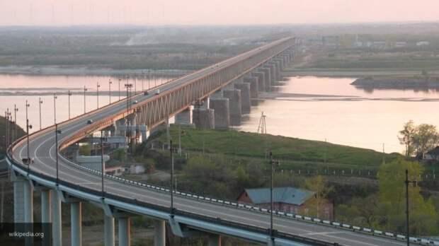 Что нам стоит мост построить: Порошенко выдал Хабаровский мост за проект переправы через Дунай