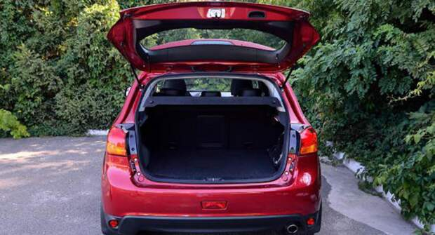 Установка электрозамка на багажник и лючок бензобака в автомобиле