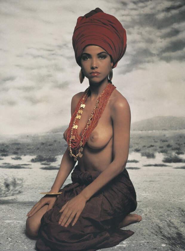 Азбука красоты: 50 лет знаменитому календарю Pirelli