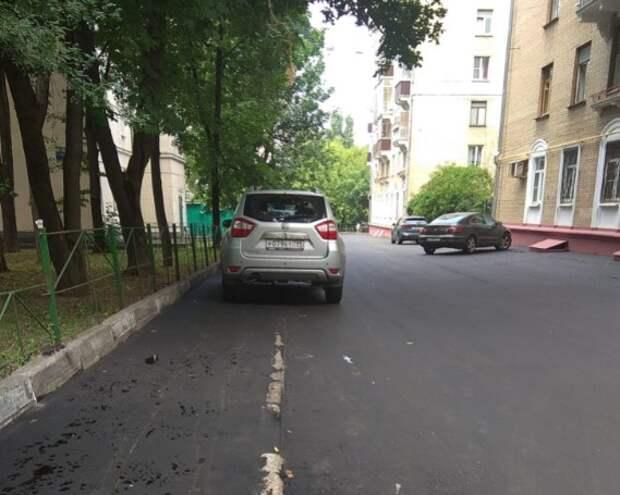 На пешеходной зоне в Чапаевском переулке установят ограждение до конца лета