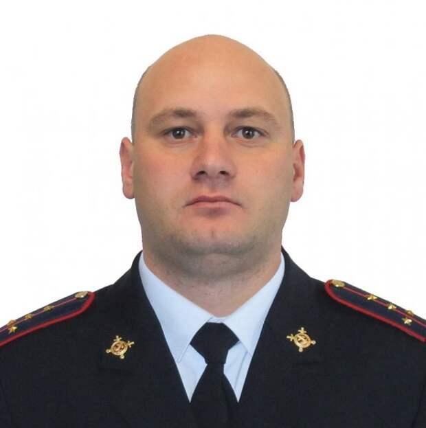 В Приморье капитан полиции погиб, спасая людей из тонувшего автомобиля 2015, героизм, герой