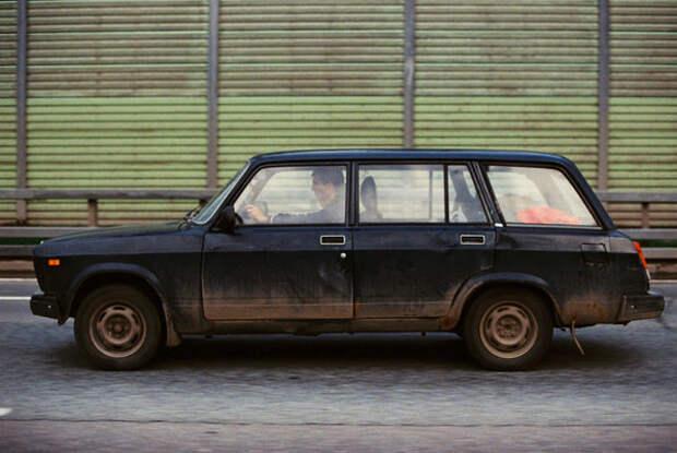 «Москва в стиле Буги»: сербский уличный фотограф показал изнанку столицы