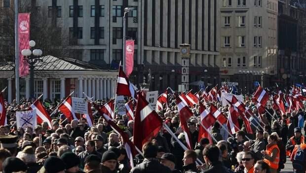 Шествие участников легиона Ваффен СС в Риге. Архивное фото.