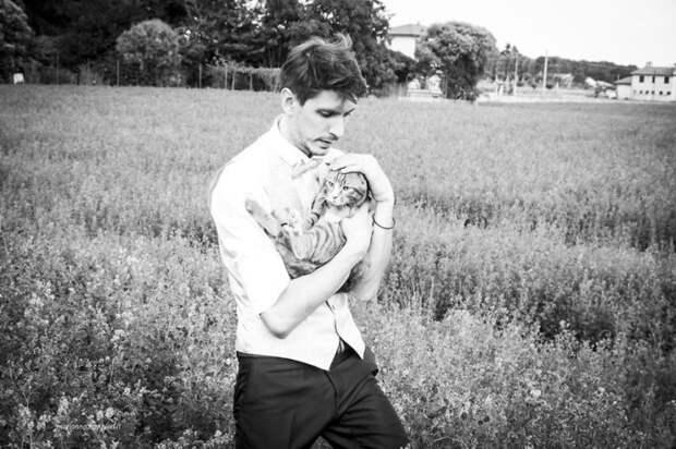 Фотограф снимает невест с их кошками и результат не может быть более очаровательным животные, кот, кошка, красота, милота, невеста, свадьба