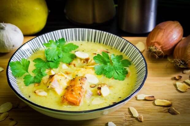 Яичный суп с рисом: простой рецепт