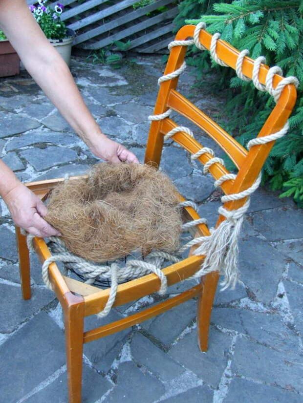 Выкладываем кокосовую копру
