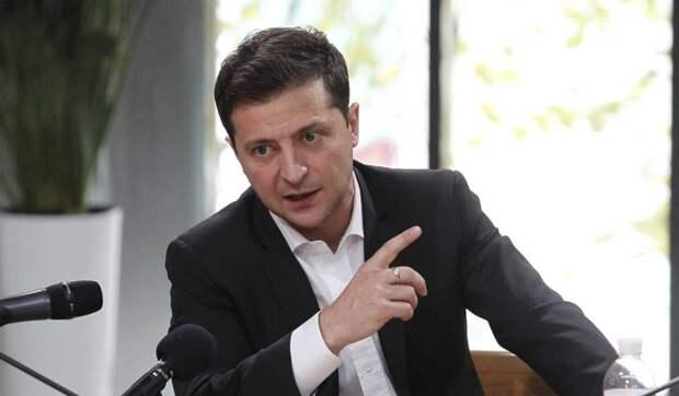 """Зеленский обвинил """"темные силы"""" в попытке устроить контрреволюцию на Украине"""
