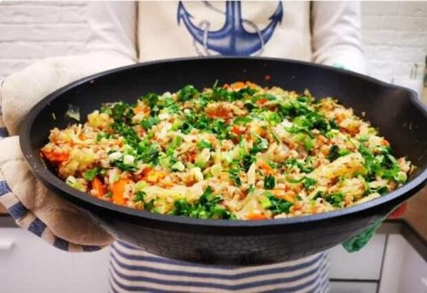Рецепт вкуснейшей гречки по-болгарски. Съедается сразу же!