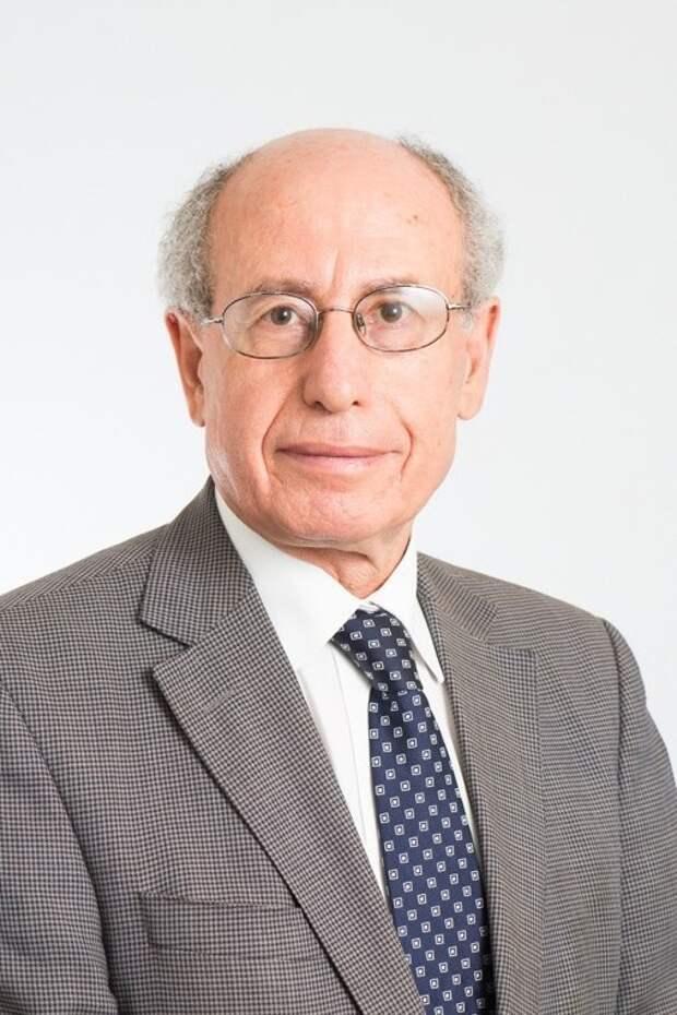"""Джозеф Пройетто, профессор медицины в Мельбурнском университете, говорит, что программа Spud Fit  - """"очень нездоровая вещь"""". америка, диета, картофель, проект"""