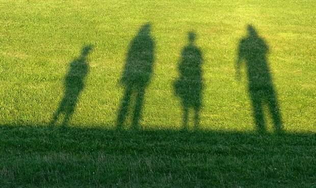 Минюст предложил обязать родителей-алиментщиков обеспечивать детей жильём
