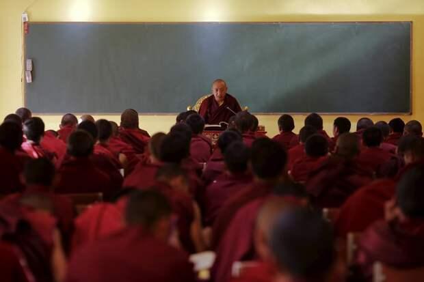 Тибетские буддистские монахи