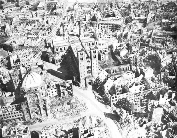 Без срока давности: как английская авиация уничтожила «город ста церквей»