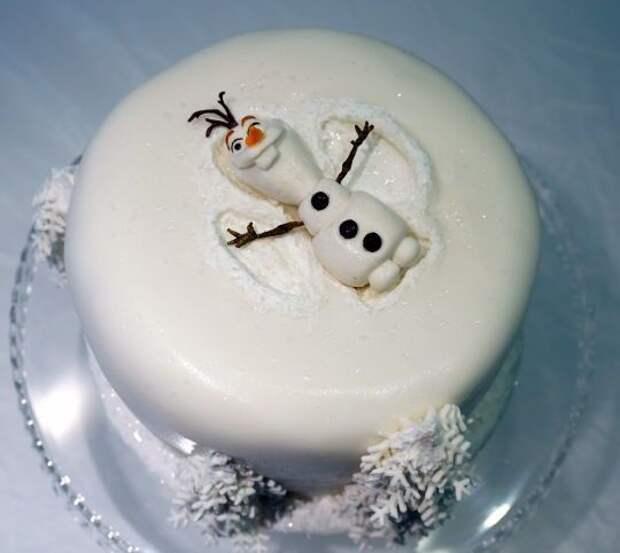 Торт со снежным ангелом