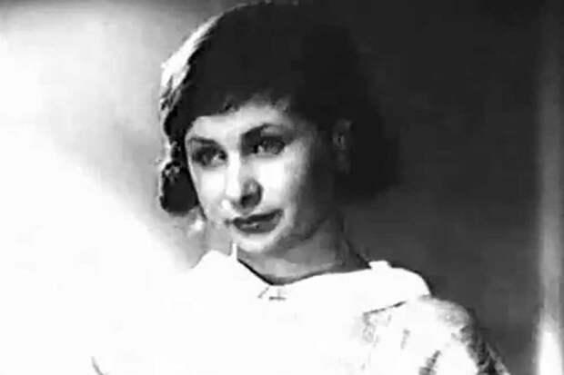"""Валентина Серова. Кадр из """"Строгий юноша"""" (1935)"""