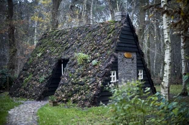 28 уютных домов, построенных своими руками!