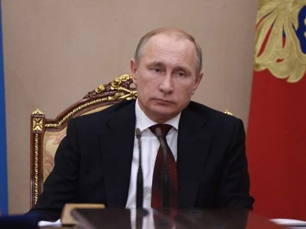 Президент выразил недовольство ростом цен на нефтепродукты при падении мировых цен на нефть