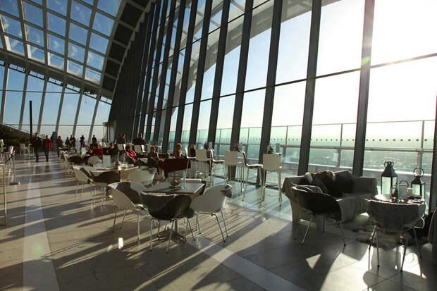 Бесплатная смотровая площадка с садами на 35–37 этажах небоскреба Walkie Talkie в Лондоне
