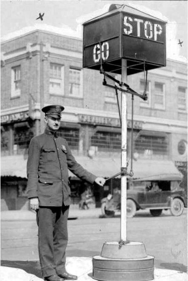 Человек-светофор 1922. история, мгновения жизни, фотография