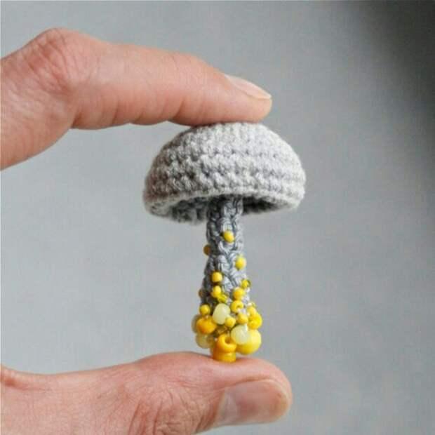 Брошки-грибы