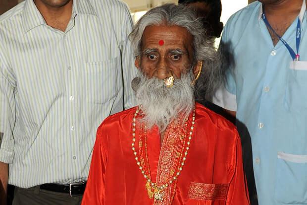 ВИндии умер йогин, который неел инепил целых 80 лет