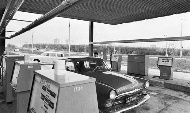 История заправок: от цистерн с топливом до искусственного интеллекта