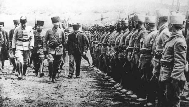 Как большевики помогли становлению современной Турции
